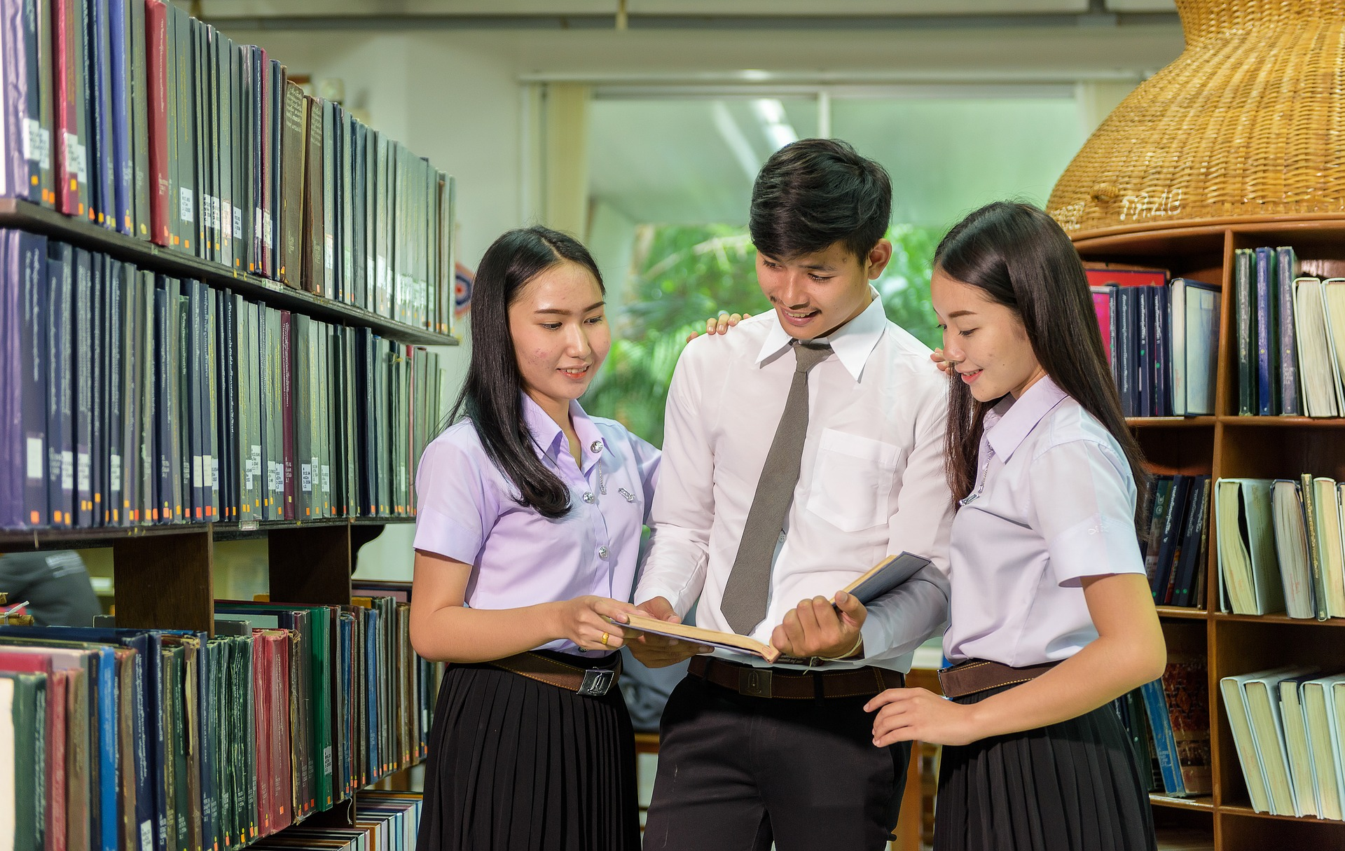 Best Online Colleges ASIA.